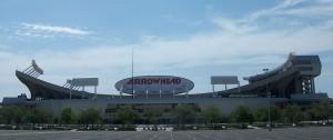 1024px-Arrowhead_Stadium_2010