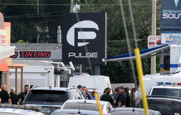160612-orlando-nightclub-shootings-mn-1040_02a2d272b56eaa9a6e8eb819ee9f31b6.nbcnews-ux-600-480