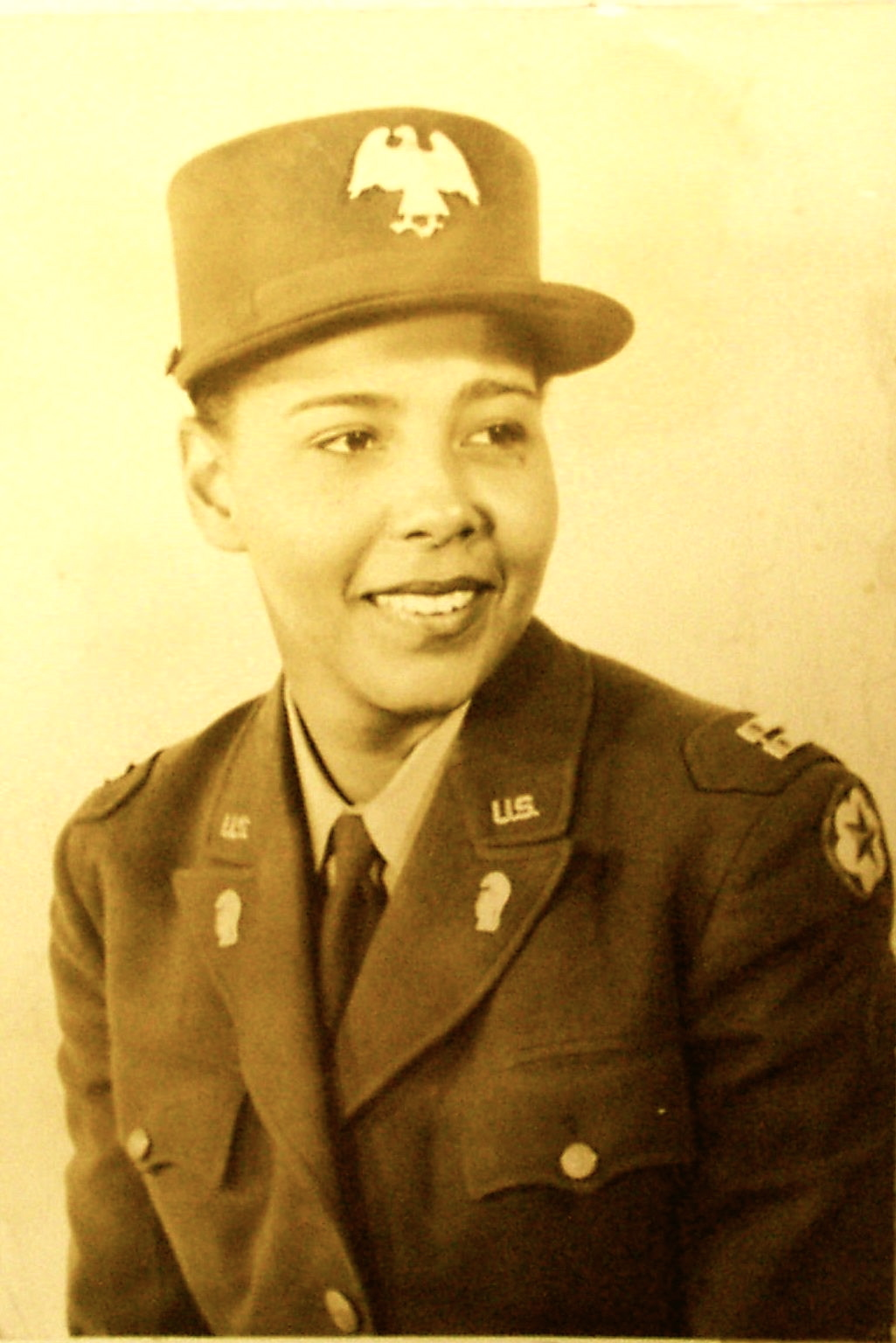 2-MAJOR CHARITY ADAMS, WOMEN'S ARMY CORP'S BLACK 6888 REGIMENT FORT DES MOINES, IOWA (c. MARTHA S. PUTNEY, MARY McLEOD BETHUNE COUNCIL HOUSE)