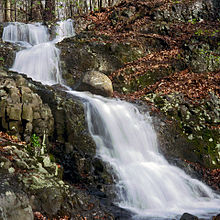 220px-Blackrock_Falls_SouthMtnRes_Essex_NJ