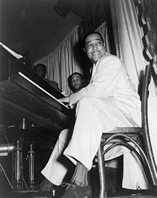 220px-Duke_Ellington_at_the_Hurricane_Club_1943