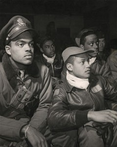 250px-332ndFighterBriefing1945