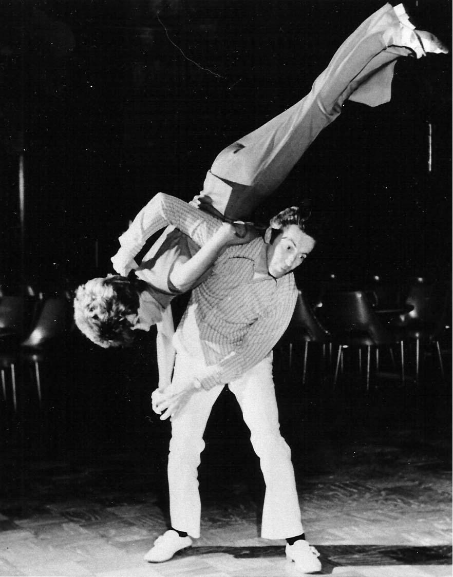 Charleston (dance) - Wikipedia