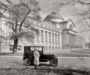 Smithsonian_Natural_History_Museum_circa_1926