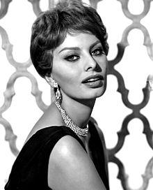 220px-Sophia_Loren_-_1959