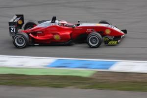 800px-Formel3_racing_car_amk