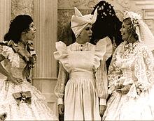 220px-Carol_Burnett_Vicki_Lawrence_Dinah_Shore_Carol_Burnett_Show_1977