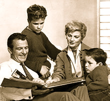 220px-Cleaver_family_Leave_it_to_Beaver_19601