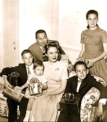 220px-Donna_Reed_and_family_1959