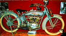 220px-Harley-Davidson_1000_cc_HT_1916