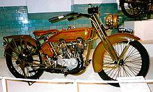 220px-Harley-Davidson_1000_cc_HT_1923