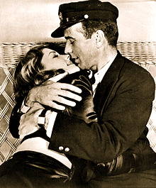 220px-Lauren_Bacall_and_Humphrey_Bogart_-_1945