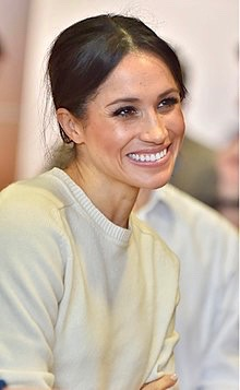 220px-Meghan_Markle_visits_Northern_Ireland_-_2018_(41014635181) 2