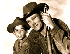250px-Chuck_Connors_Johnny_Crawford_The_Rifleman_19601-230x300