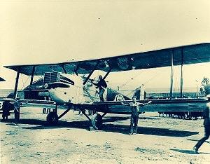 300px-Aircraft_Chicago;Aero27G6 (1)