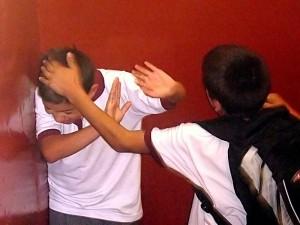 800px-Bullying_on_Instituto_Regional_Federico_Errázuriz_IRFE_in_March_5_2007-300x225