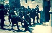 Gavrilo_Princip_captured_in_Sarajevo_1914 (1)