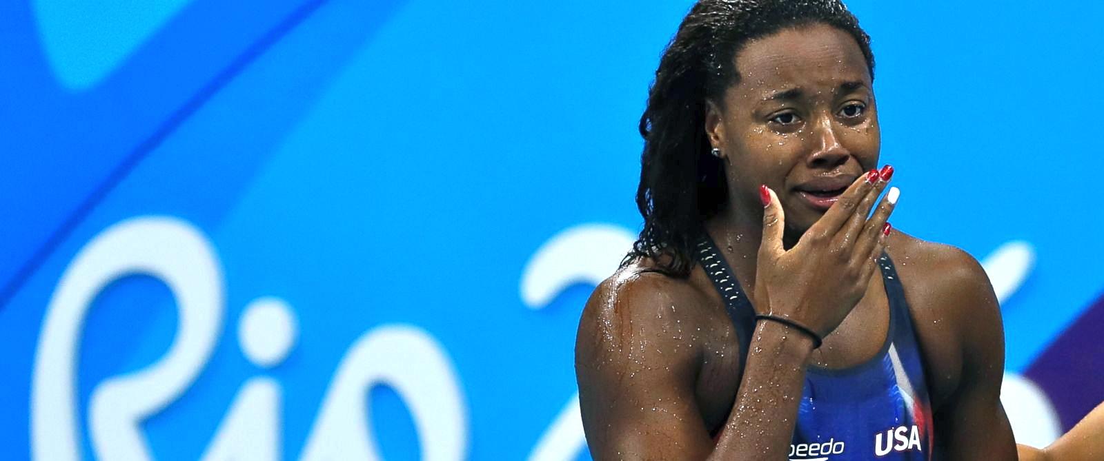 Olympics_swimmer_Manuel_AP_31x13_1600 -2