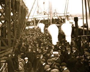 immigrantsOnShip-300x239