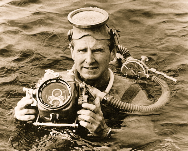 sea-hunt-pic-with-camera