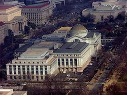 250px-National_Museum_of_Natural_History,_Washington