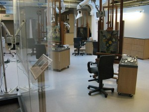 800px-The_Lunder_Conservation_Center_Laboratory