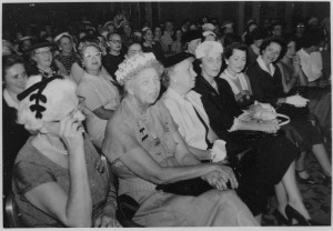 800px-Eleanor_Roosevelt_at_the_Democratic_Nationall_Convention_in_Chicago,_Illinois_-_NARA_-_195997