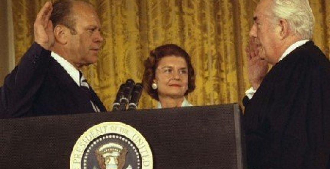 Nov. 27 – In 1973, the Senate voted 92-3 to confirm Gerald R. Ford as vice president, succeeding Spiro T. Agnew, who'd resigned.