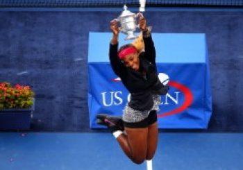 Serena Williams Beats Caroline Wozniacki